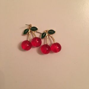Cherry Earrings 🍒